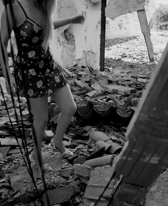 perdida entre tus ruinas