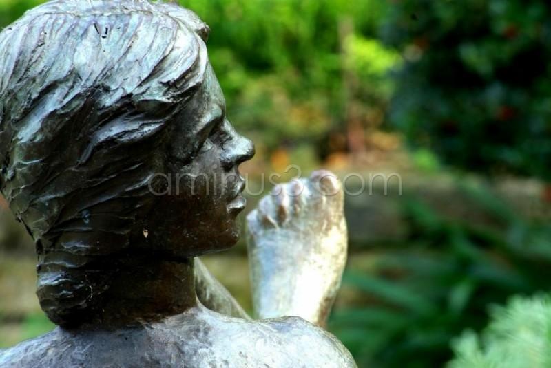Dallas Aboretum statue