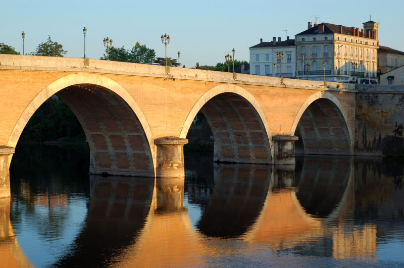 Bridge over Dordogne River at Bergerac