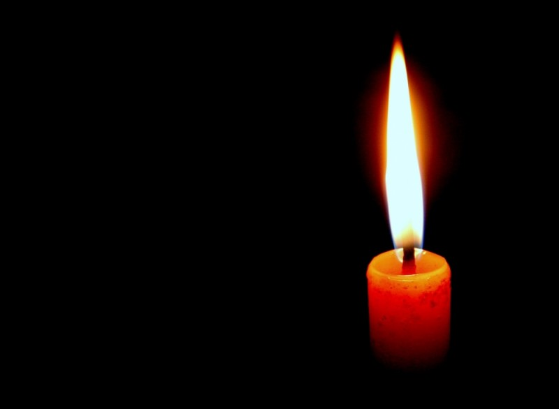 candle....light....