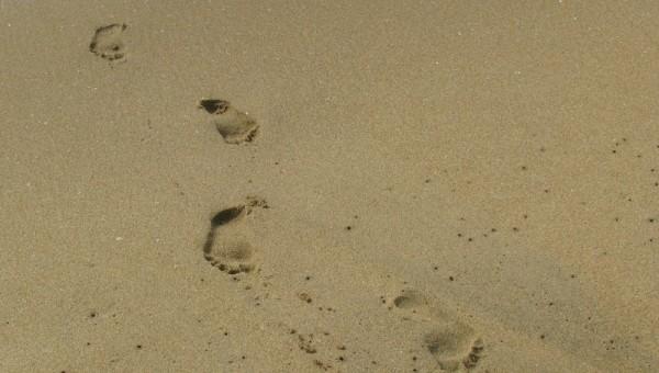 trailing foot steps