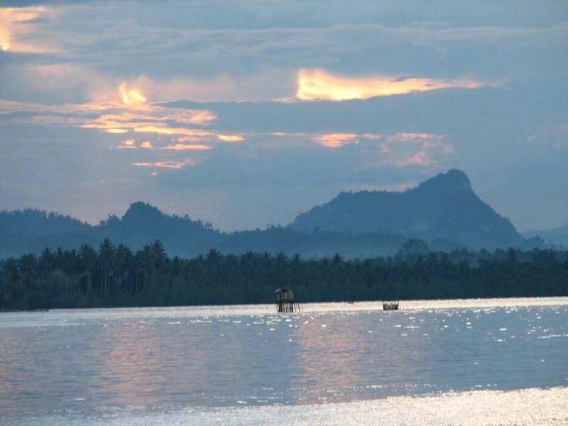 Sarina Kunak Beach Sunset