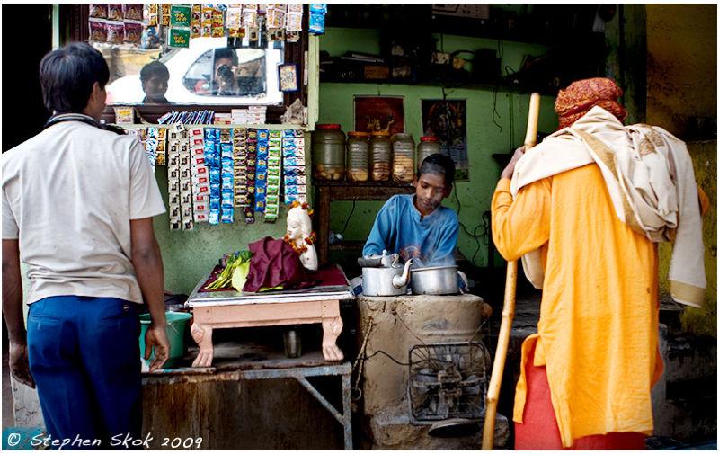 Varanasi india street