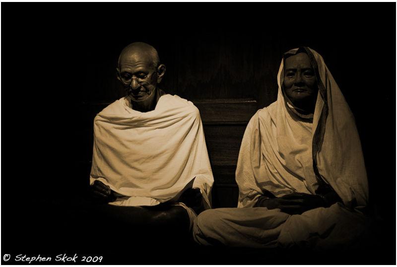 Mohandas Karamchand Gandhi Kasturba India peace