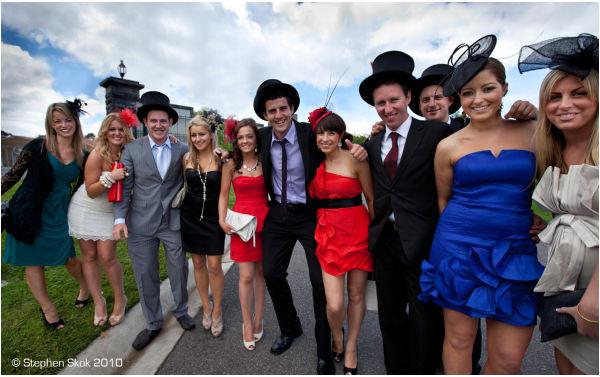 melbourne cup horse racing australia spring street