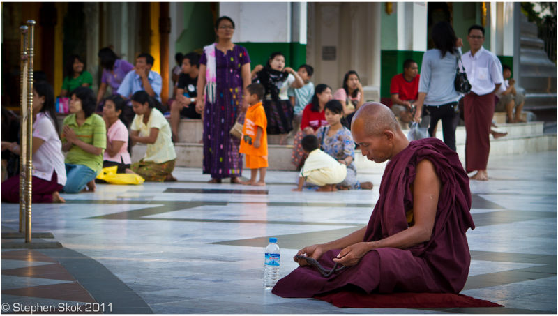 Burma Myanmar Yangon Rangoon Shwedagon Paya gold