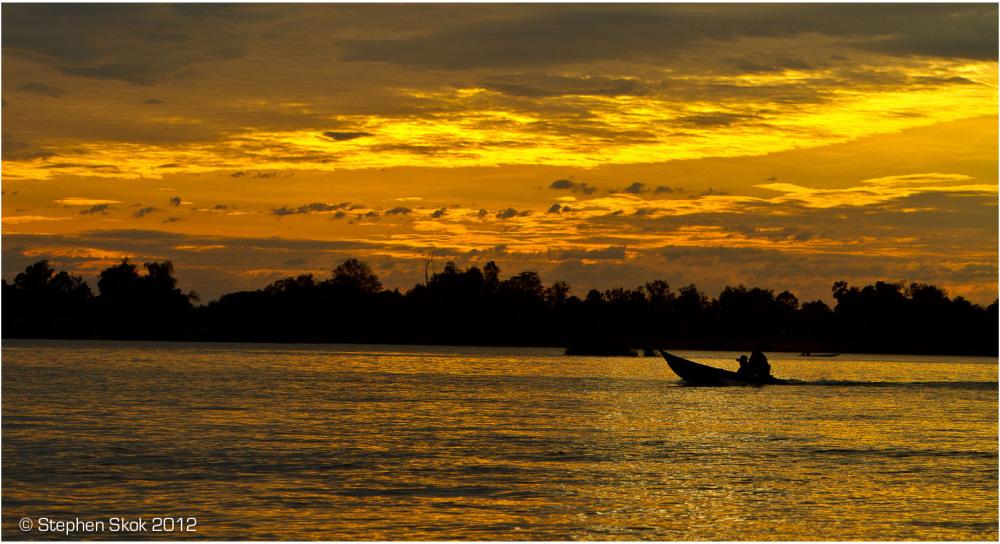 Laos,Si Phan Don, Mekong, river, boatman, street,