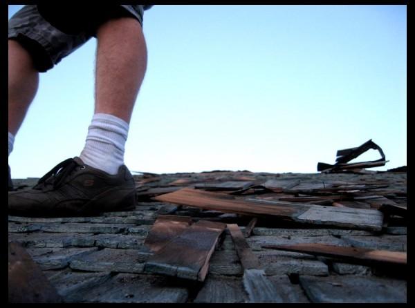 De-roofing