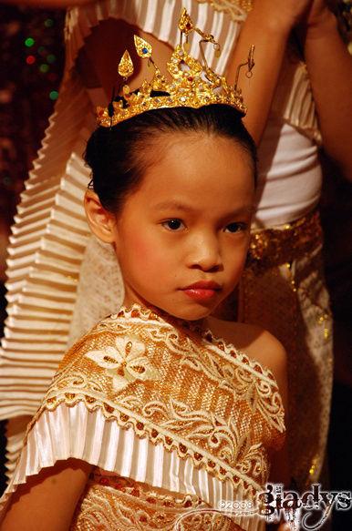 thai.dance
