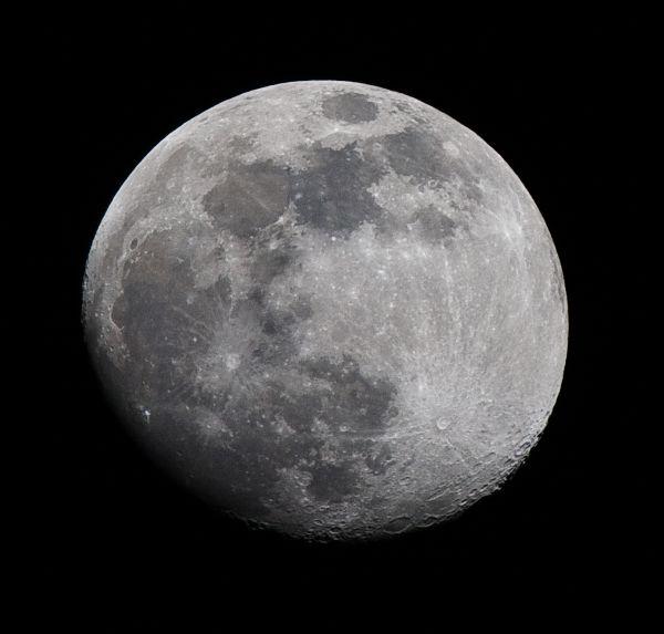 1-08-09 Bright moon