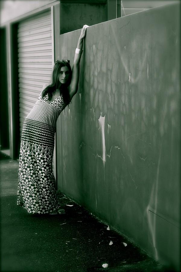 girl on wall.