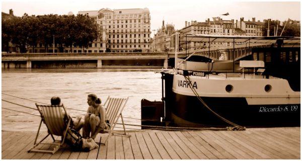 Sieste sur le Rhône