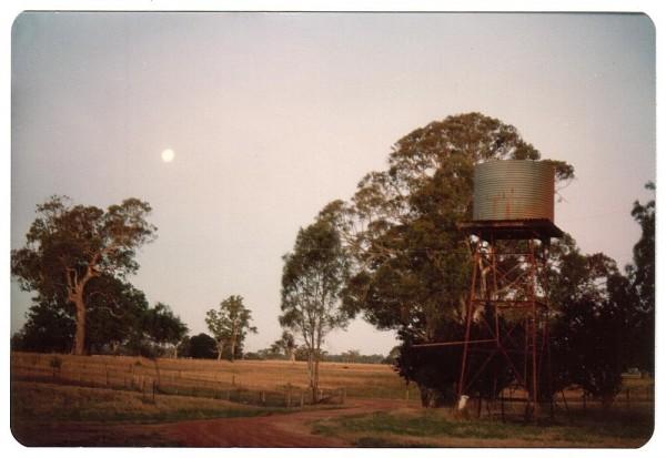 moonlight tankstand - 1984