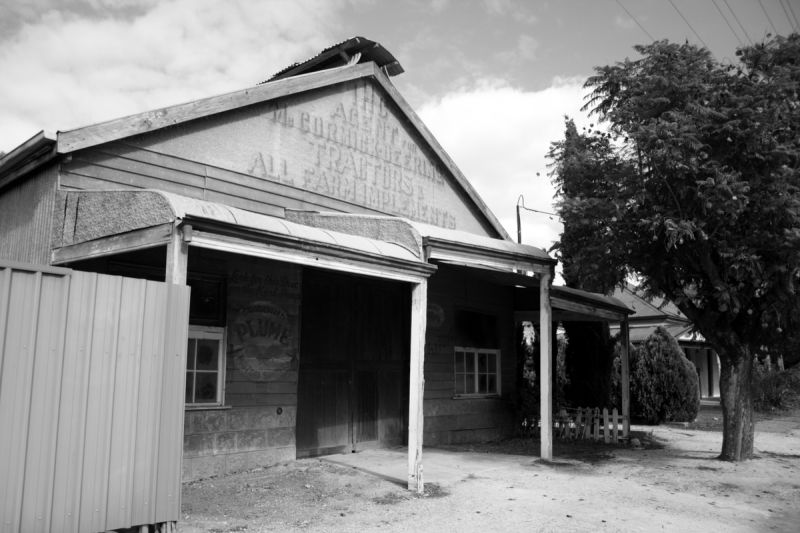 Abandoned business (2)