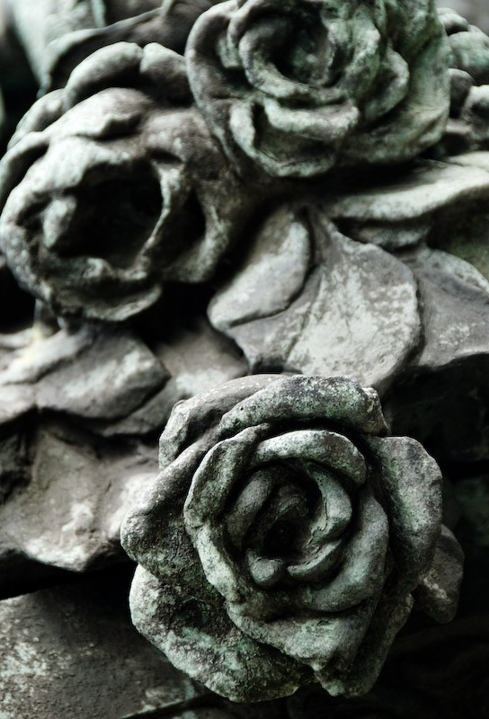 statue of roses in budapest