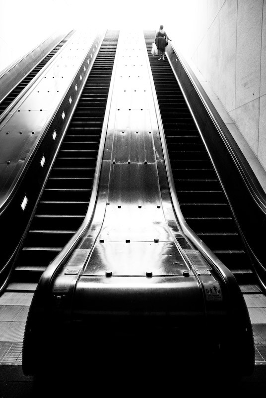 exit escalator in dc metro