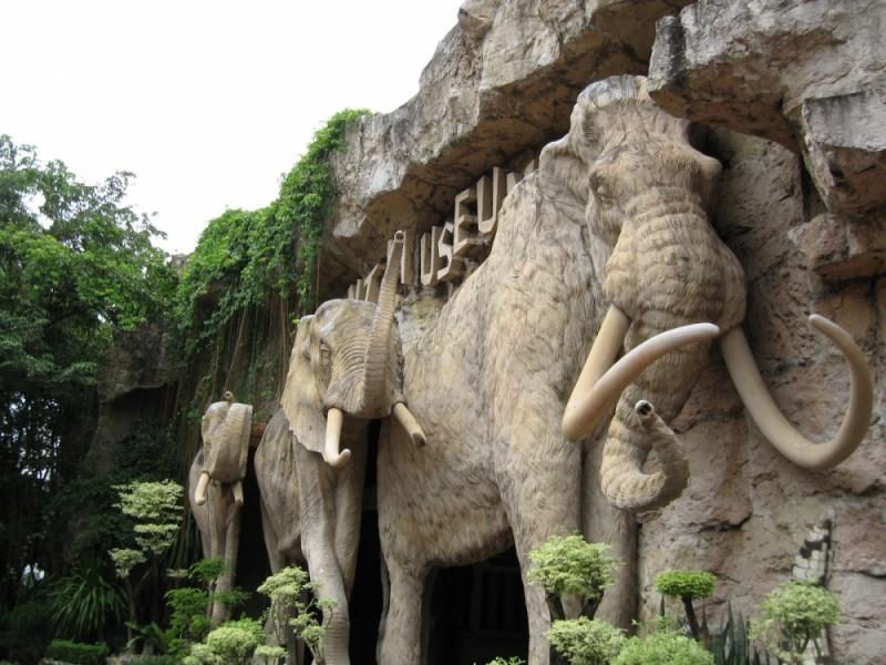 Hand-make elephant