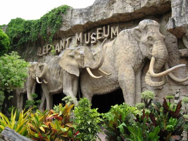 Hand-make elephant 1