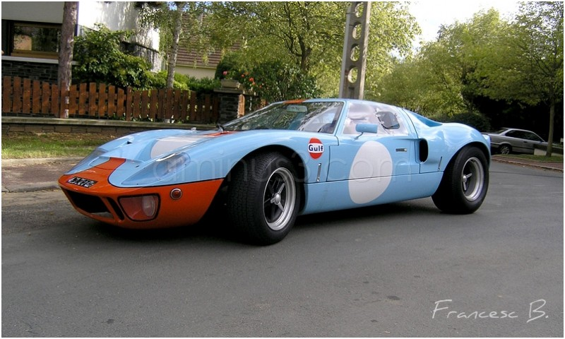 Ford GT 40 1968 - side