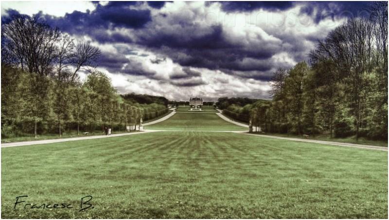 L'esplanade du château