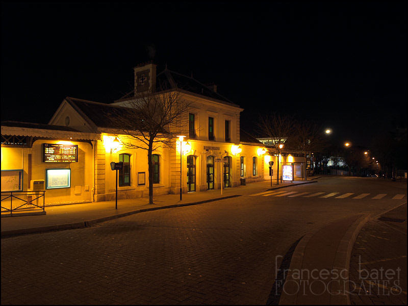 Une gare, la nuit... (2)