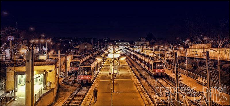 Une gare, la nuit... (3)