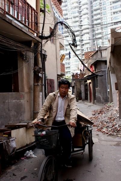 worker in old shanghai