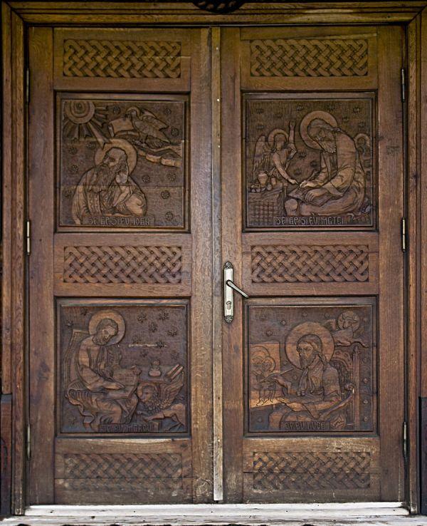 valenttin eglise church biserica de lemn constanta