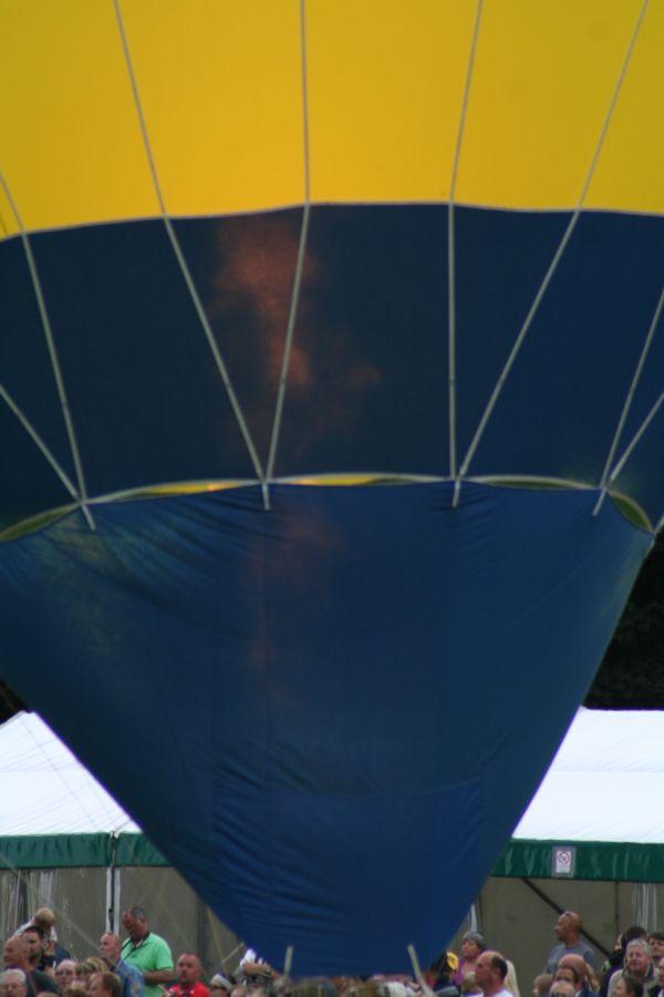 Balloons over Basingstoke 13