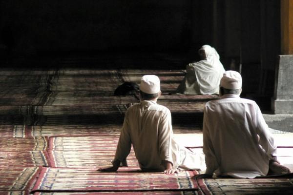 Fidels in Jama Masjid mosque, Srinagar, India