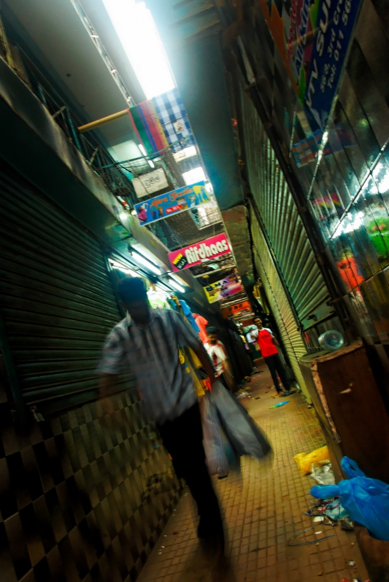 Market street in Pettah, Colombo, Sri Lanka
