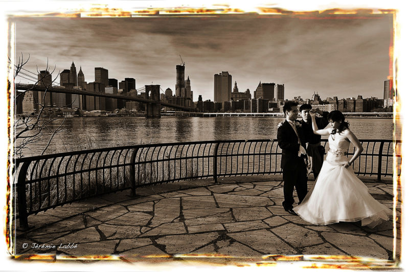 Wedding in front of New York's Financial District