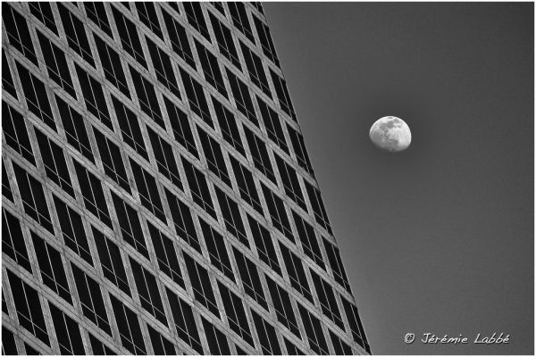 Detail of skyscraper and the moon, New York