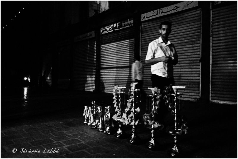 Seller of shisha in the main market of Damascus