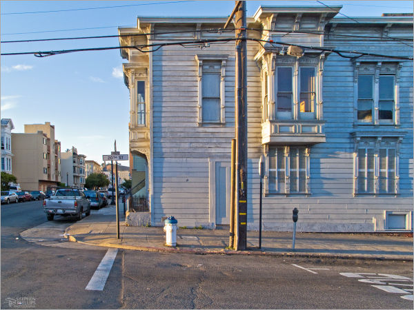 Mission District sunrise in San Francisco