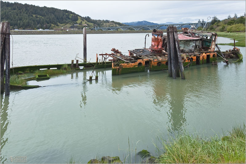 wreck of the Mary D. Hume in Gold Beach, Oregon