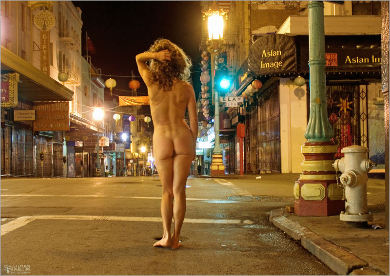 naked in Chinatown