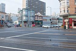 Runners along Lombard Street in San Francisco