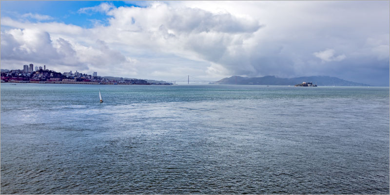 Storm moving into San Francisco Bay