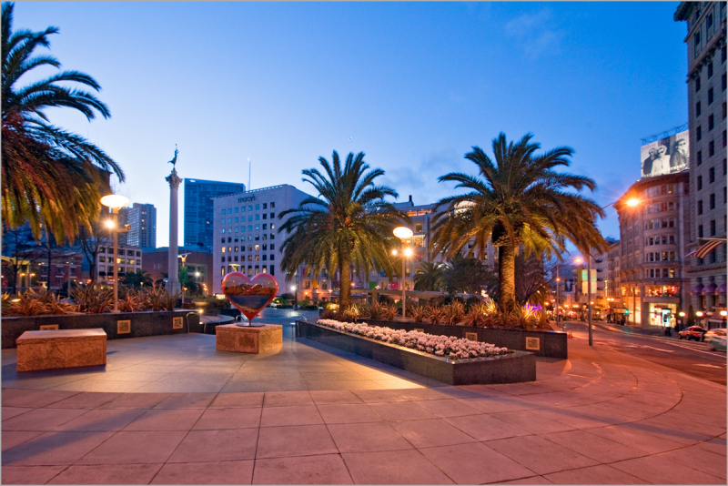San Francisco Union Square at dawn