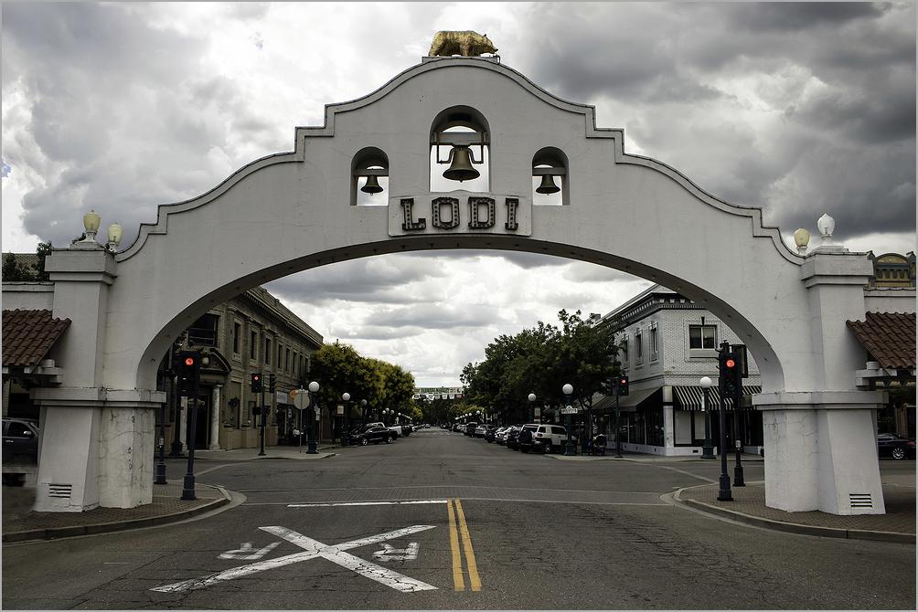 Lodi, California Arch