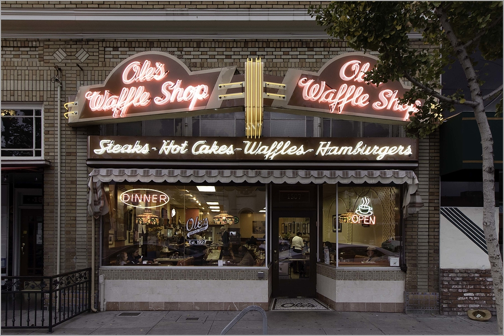 Ole's Waffle Shop at 90