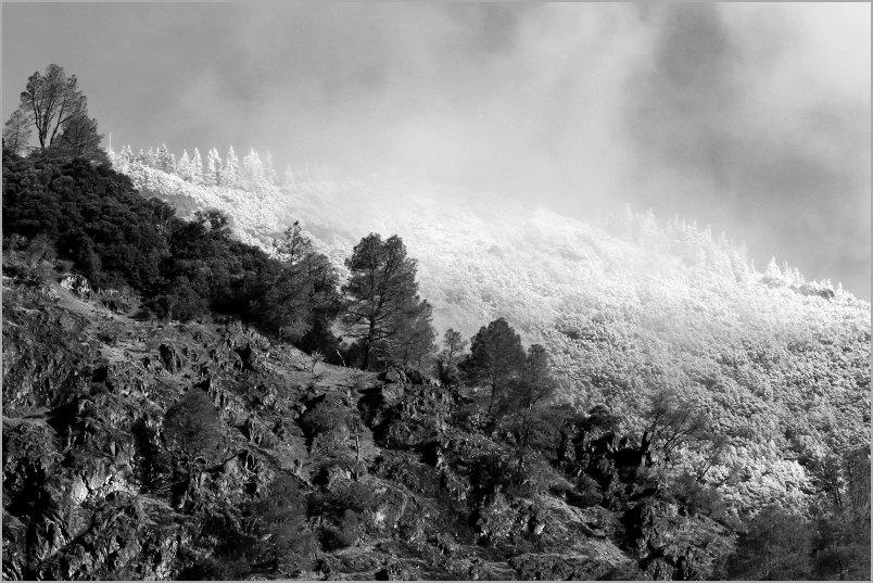 Trinity Alps Snowline