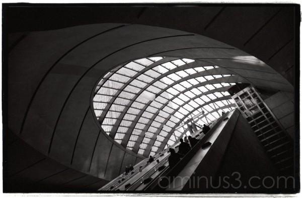 Jubilee line Canary Wharf station
