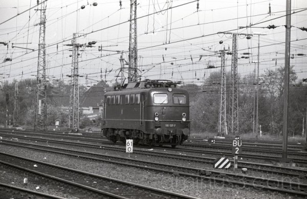 Deutsches Bundesbahn trains #2 -- DB Class 403