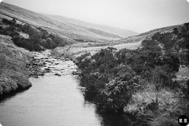 Afon Llia river