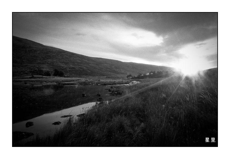 Sunrise over Llyn Ogwen and Afon Lloer