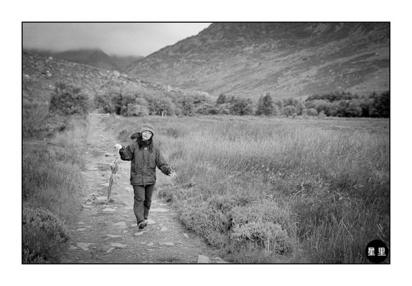 Hiking in Snowdonia, with umbrella