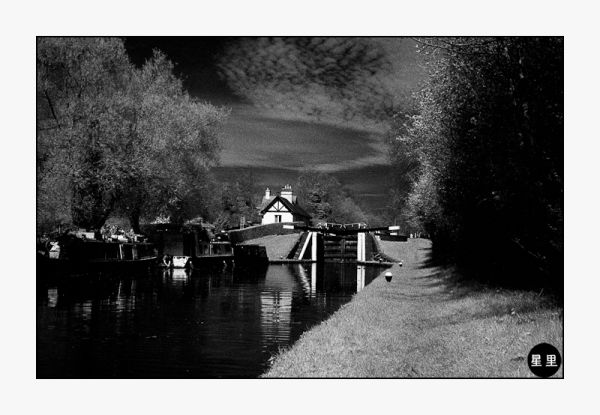 Infrared: Lock in the Grand Union Canal