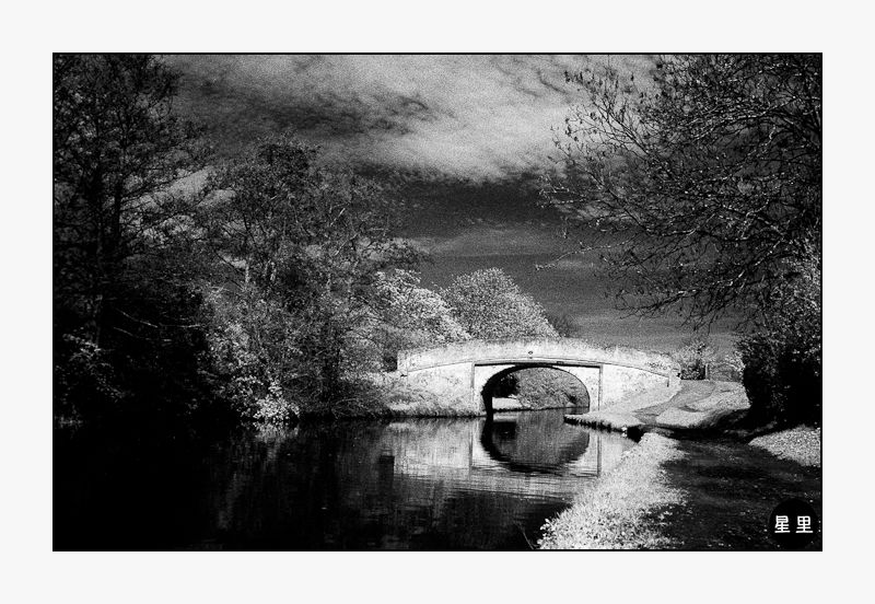 Infrared: Bridge over the Grand Union Canal